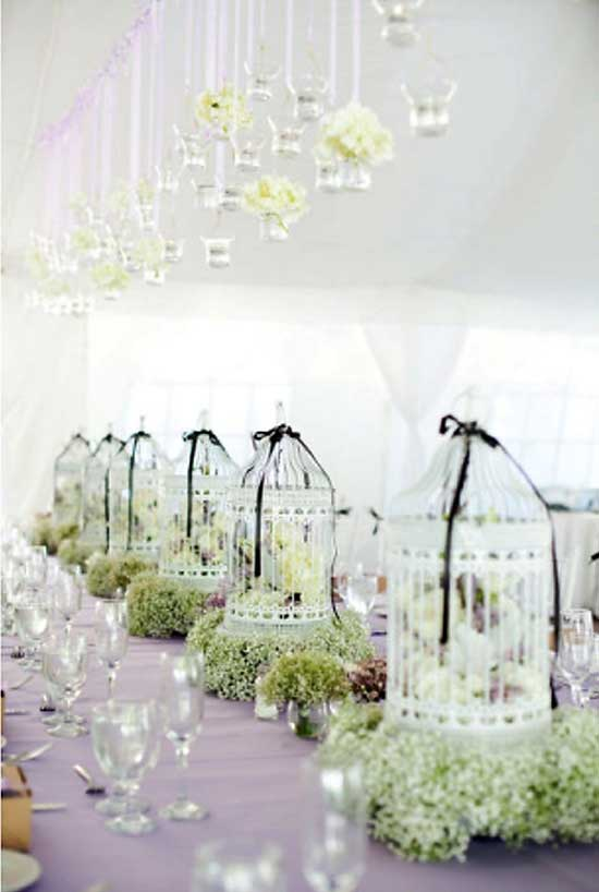 Birdcage Centerpiece2 Decorating with Birdcages   12 Creative Ideas for Everyday Use