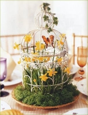 Birdcage with Flowers Decorating with Birdcages   12 Creative Ideas for Everyday Use