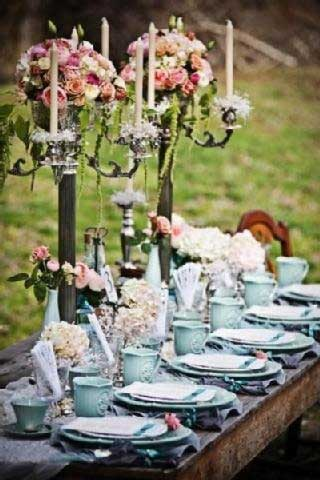 Casual Elegance Tablescape