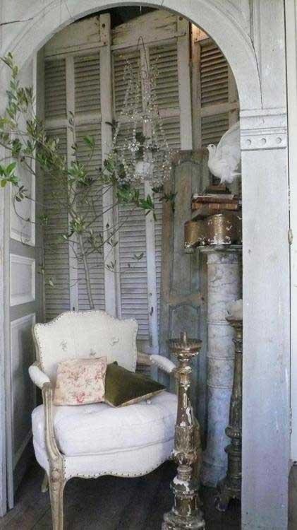 Corner Chair Vignette