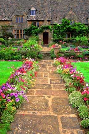 5 Inexpensive Ways To Boost Curb Appeal