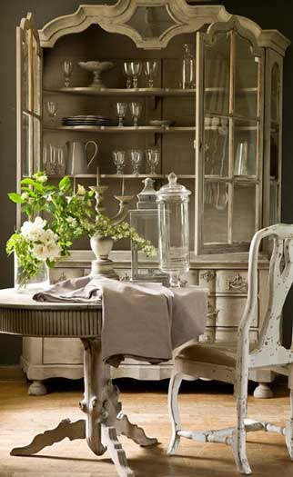 Romantic Rustic Dining Room17