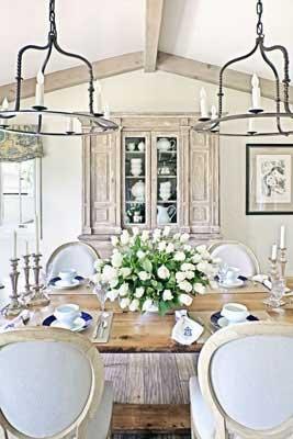Romantic Rustic Dining Room3