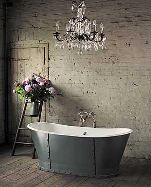 Tranquil Bathtub 8