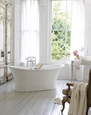 Tranquil Bathtub 9