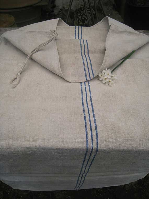 Available via the Antique Linen Store on Etsy