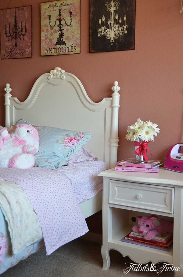 Little Girl Room 2