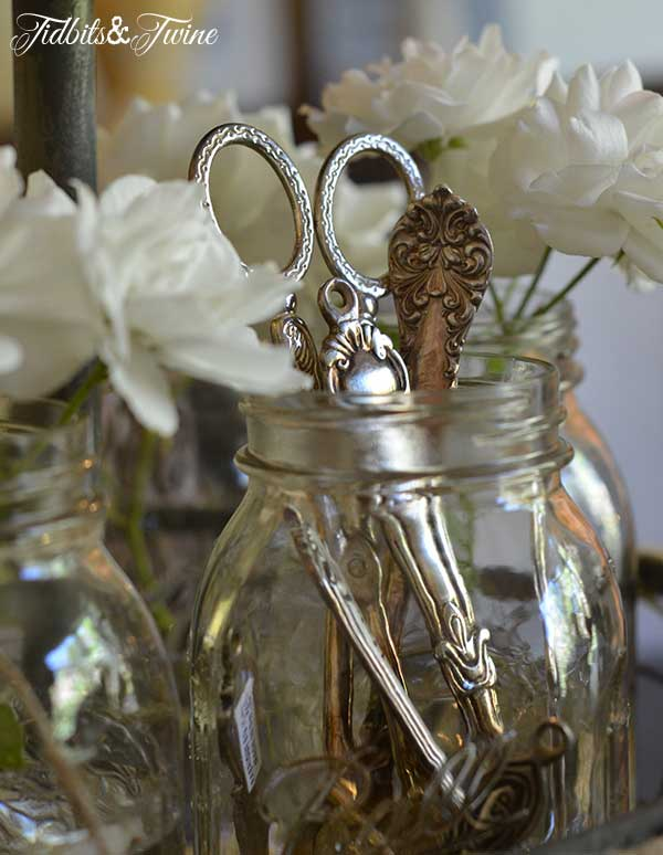 22 Creative Amp Decorative Uses For Mason Jars