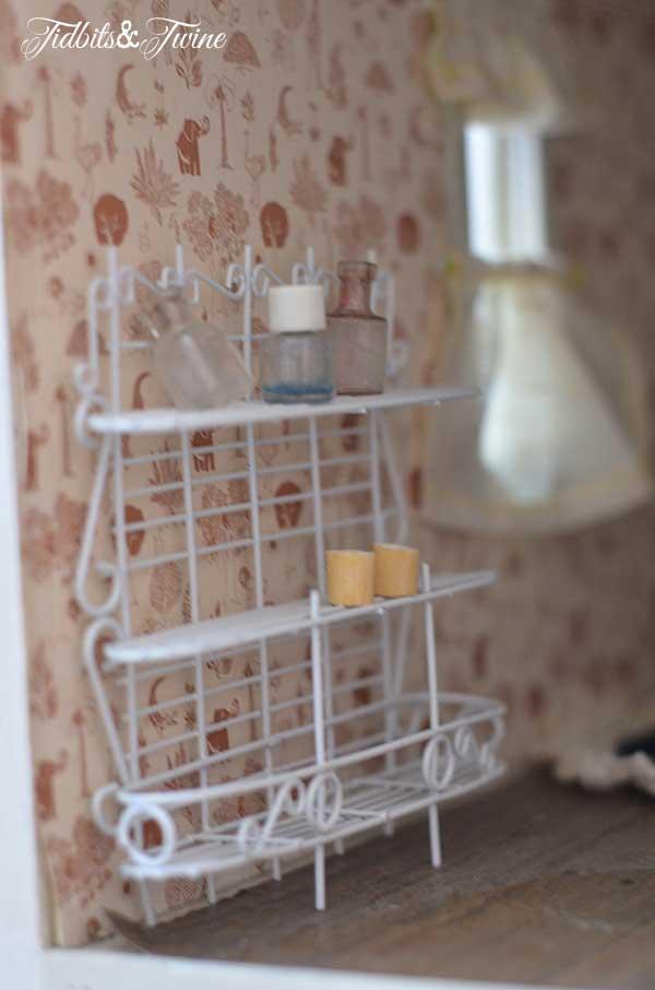 Tidbits&Twine Handmade Dollhouse 13