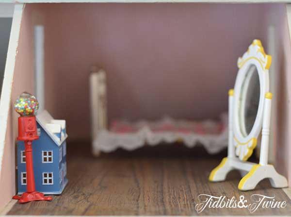 Tidbits&Twine Handmade Dollhouse 20