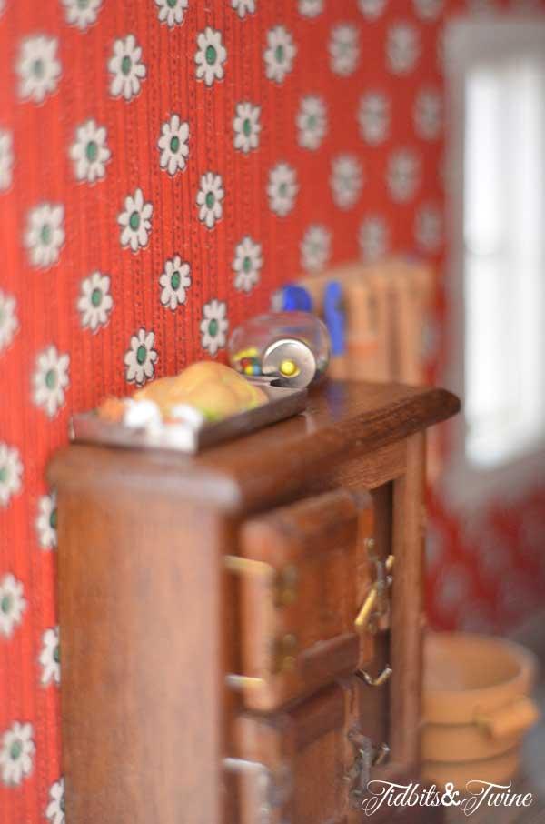 Tidbits&Twine Handmade Dollhouse 21
