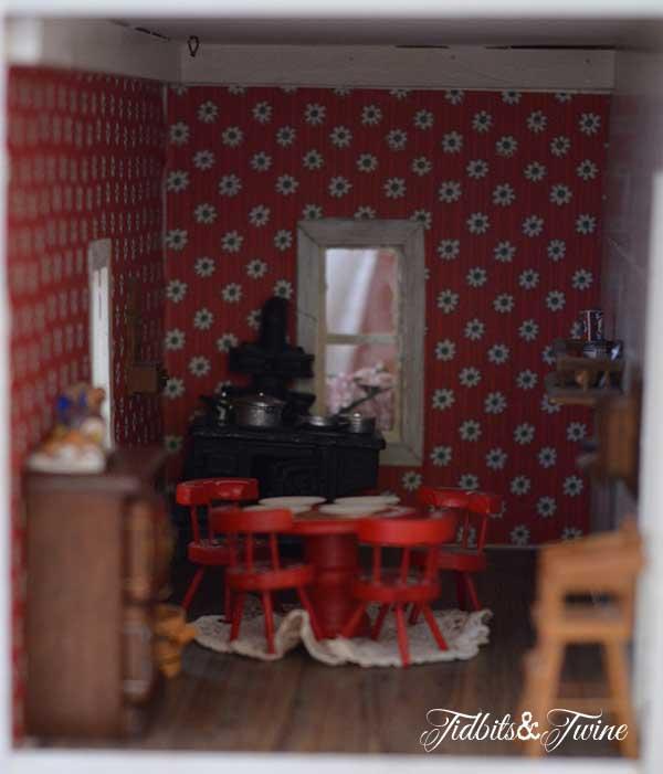 Tidbits&Twine Handmade Dollhouse 9