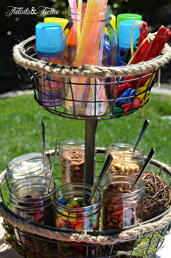 Tidbits & Twine Trail Mix and Party Station 1