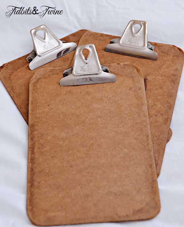 Tidbits&Twine Small Vintage Clipboards