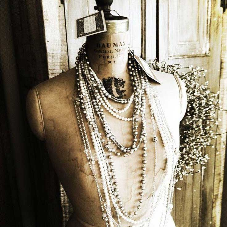Tidbits&Twine Vintage Dress Form Jewelry
