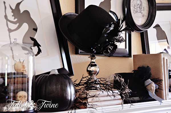 Tidbits&Twine Halloween Mantel 4