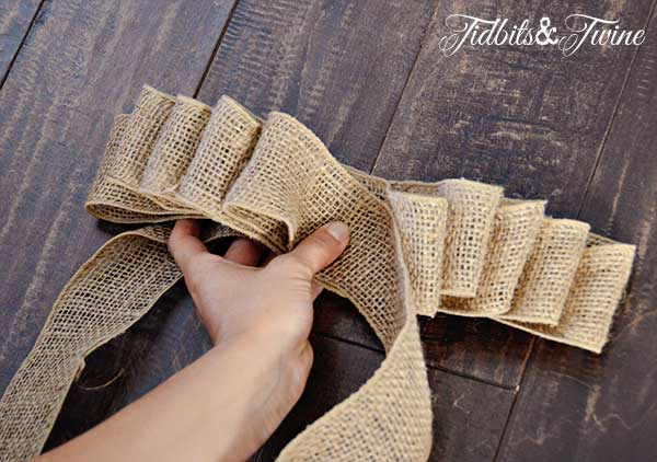 Tidbits&Twine How to Make a Bow Step 7
