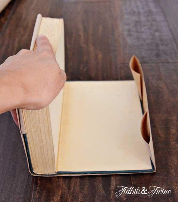 Kraft Paper Book Cover : Diy stamped kraft covered books tidbits twine