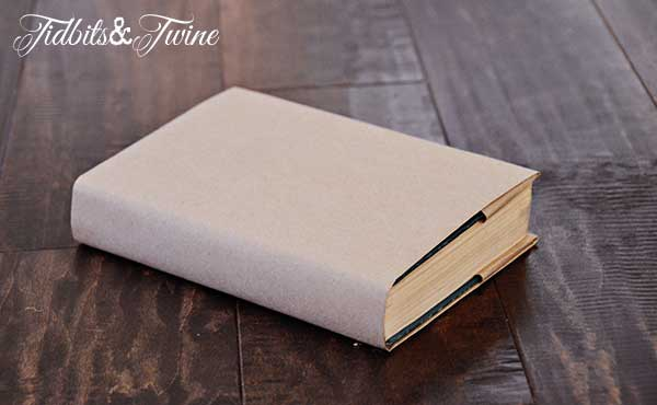 How To Cover Book With Newspaper : Diy stamped kraft covered books