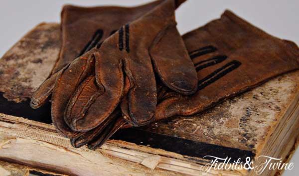 Tidbits&Twine Vintage Gloves