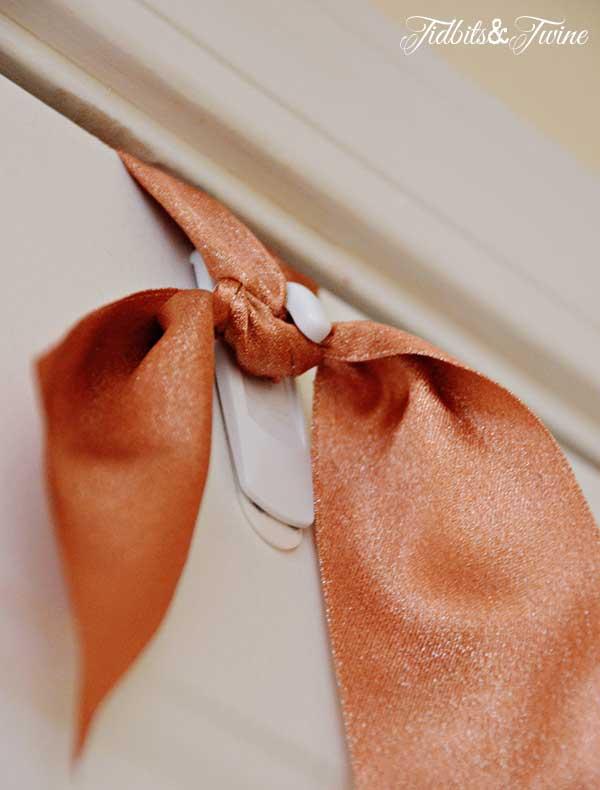 Tidbits&Twine Wreath Hanger