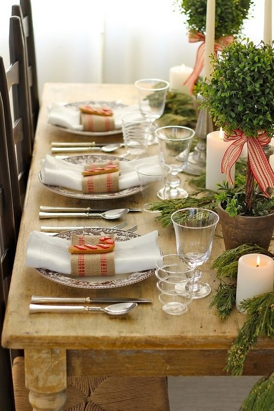 Tidbits&Twine Boxwood Tablescape