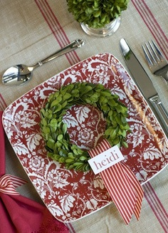 Tidbits&Twine Boxwood Wreath Namecard
