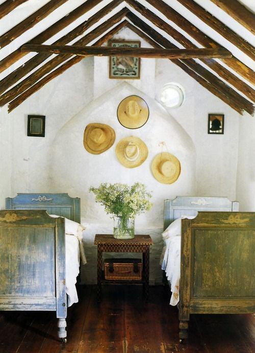 Tidbits&Twine Guest Bedroom Inspiration 13