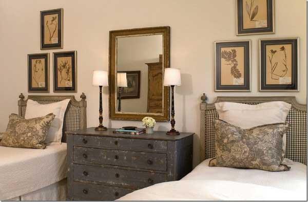 Tidbits&Twine-Guest-Bedroom-Inspiration-14