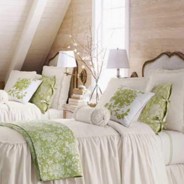 Tidbits&Twine-Guest-Bedroom-Inspiration-16