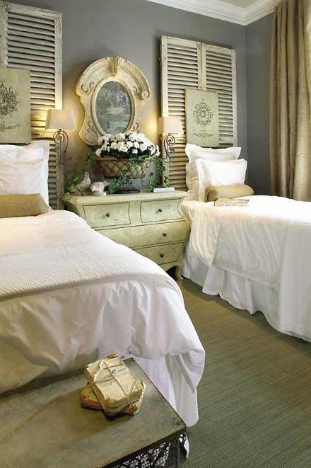 Tidbits&Twine-Guest-Bedroom-Inspiration-20