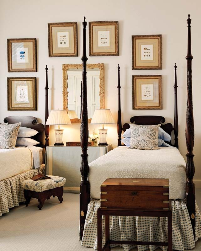 Guest Bedroom Inspiration {20 Amazing Twin Bed Rooms} | TIDBITS&TWINE