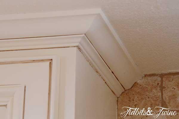 Tidbits&Twine Kitchen Cabinet Crown
