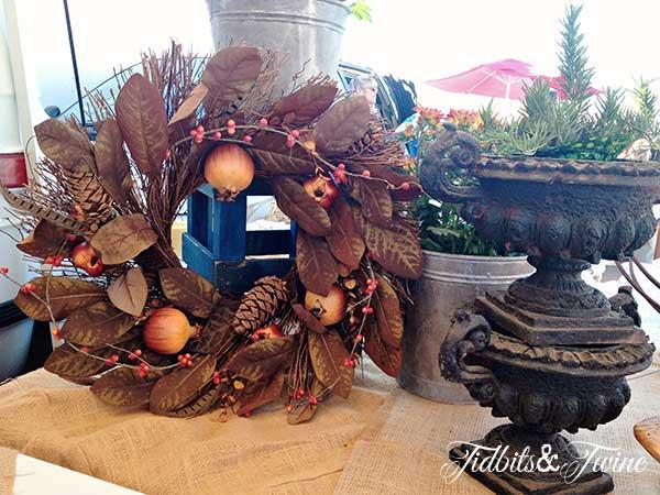 Tidbits&Twine-Fall-Feather-Wreath