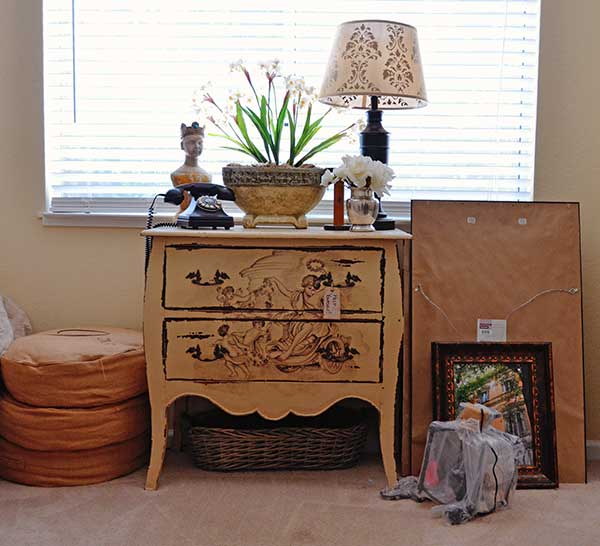 Tidbits&Twine-Guest-Dresser-BEFORE