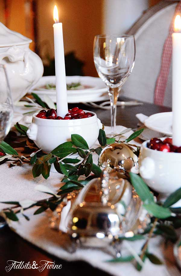Tidbits&Twine-Holiday-Tablescape-10