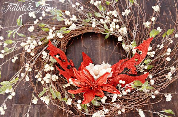 Tidbits&Twine-Holiday-Wreath-Step-4