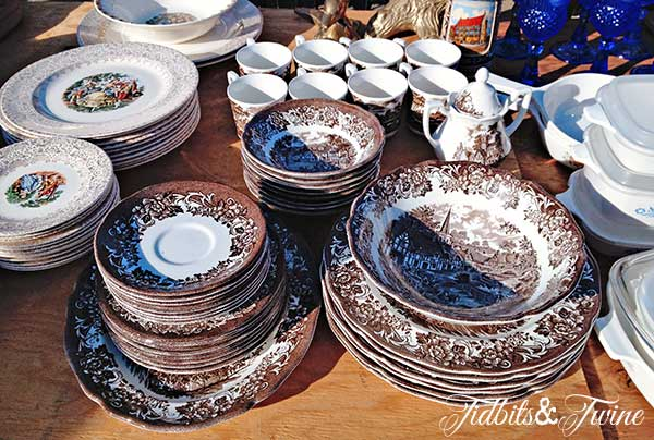 Tidbits&Twine-Ironstone-Dish-Set