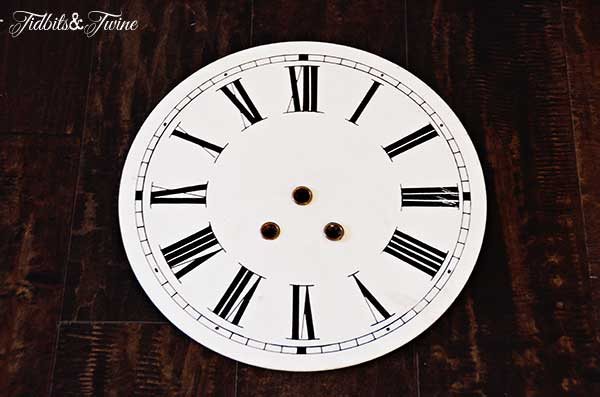 TidbitsTwine Vintage French Clock TV Gallery Wall Reveal {From Drab to Fab!}