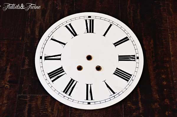 Tidbits&Twine-Vintage-French-Clock