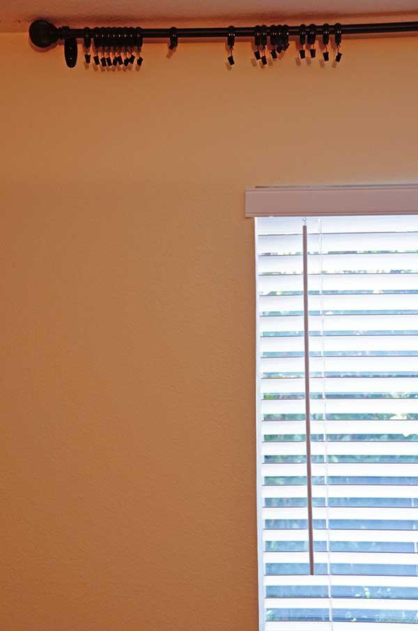 Tidbits&Twine-Window-BEFORE