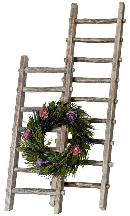 Decor Steals Vintage Wooden Ladder
