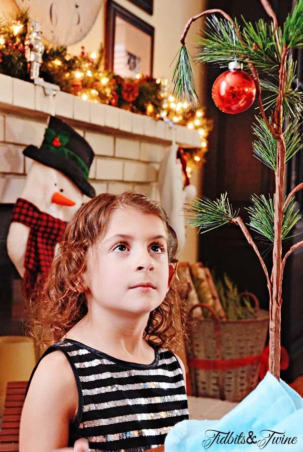 Tidbits&Twine-Charlie-Brown-Christmas-Tree
