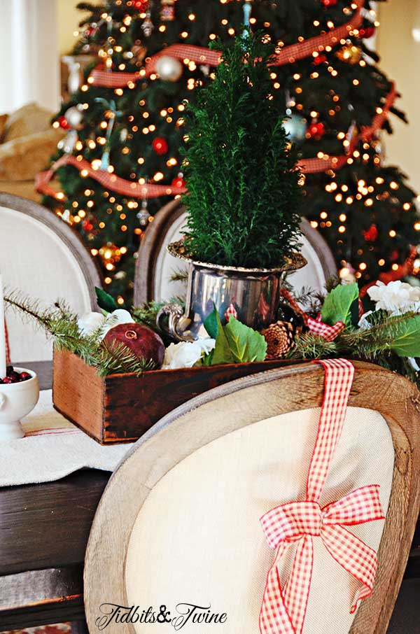 Tidbits&Twine-Christmas-Dining-Living-2013