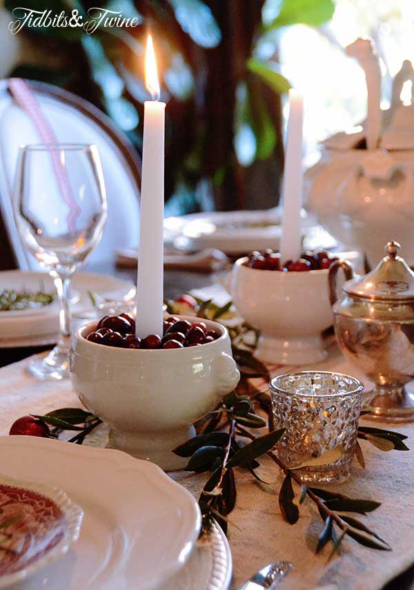 Tidbits&Twine-Holiday-Tablescape-7a