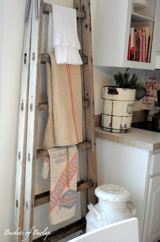 Kitchen Towel Vintage Ladder