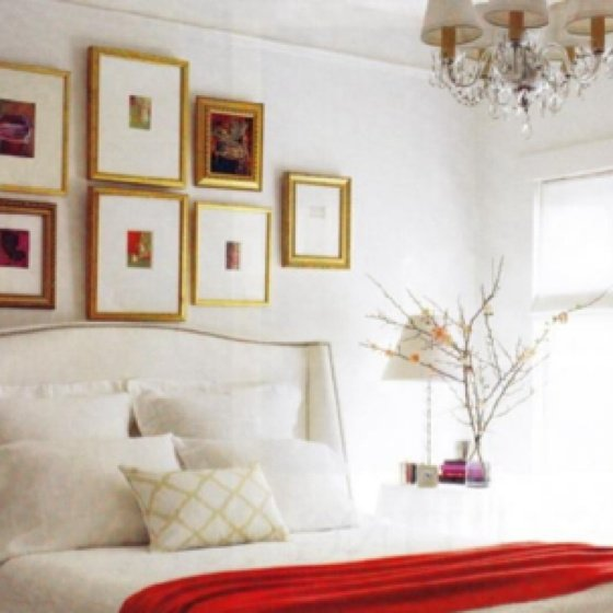 TIDBITS & TWINE - Gallery wall above bed