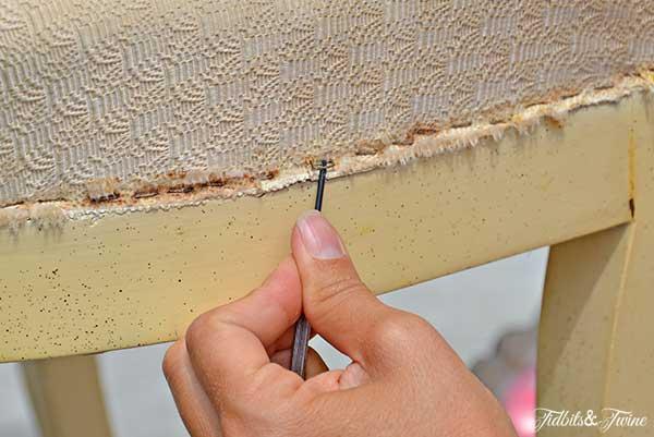 TIDBITS-&-TWINE---Upholstery-Process-Step-3