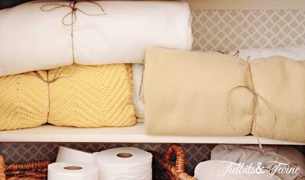 Tidbits&Twine-Linen-Closet-Blankets