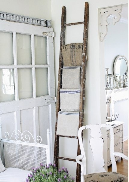 How to Decorate with Vintage Ladders {20 Ways to Inspire}   TIDBITS u0026TWINE